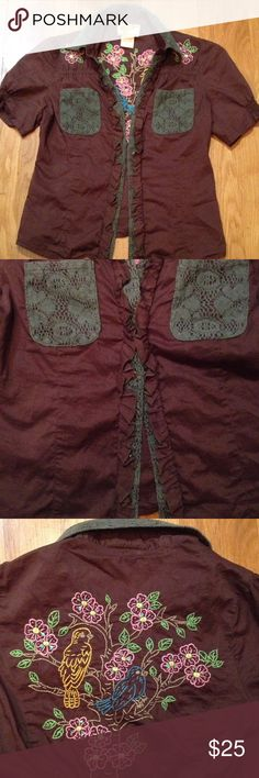 Soul revival throwback w/elastic for perfect fit 100% cotton brown shirt w/sage green pockets and embroidery Soul Revival Tops Button Down Shirts