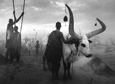 Sebastião Salgado, Dinka group at Pagarau cattle camp, Southern Sudan  (2006)