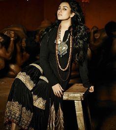 Sonakshi Sinha wearing statement necklace in photoshoot - July 2013'