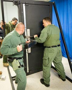Innovative door breaching system - Atlantic Uniform