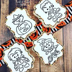 It's so I figured I'd post these cute cookies I offered last Halloween! Last Halloween, Holidays Halloween, Halloween Stuff, Halloween Ideas, Halloween Cookies Decorated, Halloween Decorations, Royal Icing Cookies, Sugar Cookies, Sugar Art
