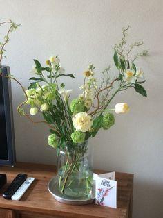 Week 14, Pasen. Flower Bouquet Wedding, Flower Vases, Wild Flowers, Glass Vase, Weddings, Home Decor, Decoration Home, Room Decor, Wildflowers