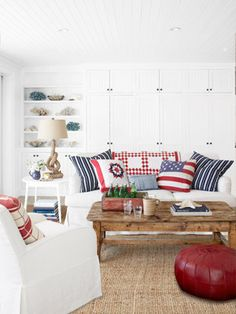 Blue and Red Living Room Idea Fresh Red White and Blue Pillows Living Room Decorating Idea Living Room Red, Coastal Living Rooms, Home And Living, Living Room Decor, Living Area, Estilo Navy, Fourth Of July Decor, July 4th, Piece A Vivre