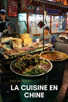 Manger en Chine, toute une aventure! Entre les menus auxquels on ne comprend rien, la barrière de la langue et les ingrédients parfois étranges pour nos papilles, c'est le dépaysement assuré. Petit article sur nos repas pris lors de notre voyage en Chine de 2 mois.