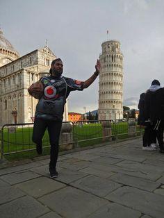 Daniel Toroivugalei fending off the leaning tower of Pisa wearing his Vodafone Junior Warriors jersey. Torre di Pisa in Pisa, Toscana Pisa, Warriors, To Go, Around The Worlds, Military History