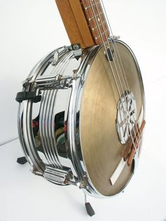 handmade stand-up bass from snare drum