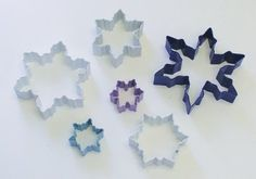 Amazon.com: R & M Snowflake 6 Piece Cookie Cutter Set: Christmas Cookie Cutters: Kitchen & Dining