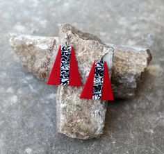Mokume Gane polymer clay earrings from The Red Bead. Red, black and white colors