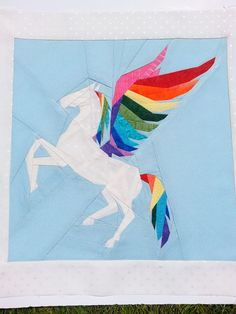 Pegasus Foundation Paper Piecing Pattern by PitchersBoutique on Etsy https://www.etsy.com/listing/519272412/pegasus-foundation-paper-piecing-pattern