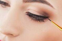 Így fesd ki a szemed, ha lelógó szemhéjad van – Nem tűnsz többé morcosnak Arc, Make Up, Rings, Beauty, Jewelry, Jewlery, Jewerly, Ring, Schmuck