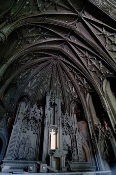 The High Altar; Eden Hall Chapel © opacity.us