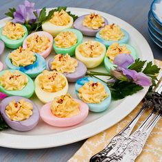 Well this is fun! Deviled eggs colored like Easter eggs. Healthy Recipes, Cooking Recipes, Delicious Recipes, Potato Salad, Easter Ideas, Easter Recipes, Favorite Recipes, Eggs, Yummy Food