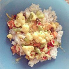 #Lunch #Reis #Gemüse #Blumenkohl #Bohnen #Möhre #Paprika #Currysoße #Erbsen #Sprossen