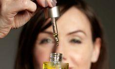 Beauty DIY: Τέλειο αντιρυτιδικό λάδι προσώπου με λάδι κανέλας που εξαφανίζει…
