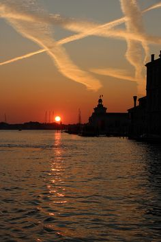 Dawn over Venice except wtf about ALL the Chem Trails? Anyone else worried bout these?
