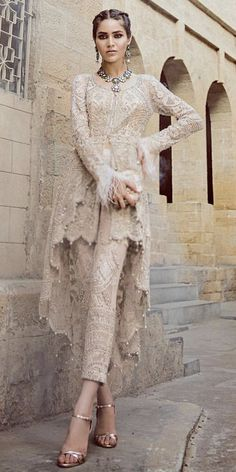 21 new ideas bridal dresses indian haute couture Pakistani Party Wear, Pakistani Wedding Dresses, Pakistani Outfits, Dress Wedding, Pakistani Casual Wear, Lehenga Wedding, Backless Wedding, Indian Bridal Lehenga, Indian Bridal Wear