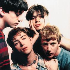 Find images and videos about blur on We Heart It - the app to get lost in what you love. Damon Albarn, Gorillaz, Blur Band, Oasis Music, Charlie Brown Jr, Indie, Band Photography, Britpop, Band Photos