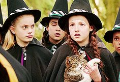 The Worst Witch Witch School, Kids Book Series, Mardi Gras Parade, The Worst Witch, Witch Art, Beautiful Costumes, Anne Of Green Gables, Childrens Books, Fandoms