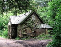 Blaise Rustic Cottage July 2008