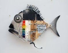 pesci – ArtPesceFresco – Stefano Pilato Metal Fish, Wooden Fish, Wooden Art, Wood Wall Art, Fish Wall Art, Fish Art, Driftwood Fish, Cute Kids Crafts, Driftwood Projects
