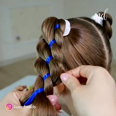 EVERYDAY HAIR HACKS These hair hacks are so simple and easy to do! - everyday hairstyles,everyday hairstyles for long hair,everyday hairstyles for short hair Easy Hairstyle Video, Braided Hairstyles, Braided Ponytail, Updo Hairstyle, Girl Hair Dos, Toddler Hair, Hair Videos, Hairstyles Videos, Prom Hairstyles
