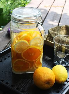 Juicy Orange Lemonade ♪ by Tarragon Bar Drinks, Yummy Drinks, Yummy Food, Sweets Recipes, Real Food Recipes, Cooking Recipes, Caramel Pudding, Cafe Menu, Juicy Fruit