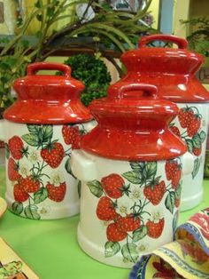 Vintage Strawberry Cobblestone Farms canister set...