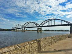 Quad Cities Davenport, Iowa Moline, Illinois Rock Island, Illinois Bettendorf, Iowa East Moline, Illinois