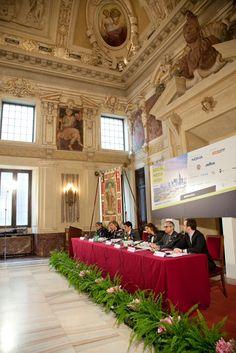 La cerimonia di apertura della Social Media Week a Palazzo Marino. Tra gli speaker, Marcella Logli, nostra Responsabile Corporate Identity & Public Relations. #SMWmilan