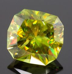 2.91 CT SPHENE - MASTER CUT!  BEAUTIFUL COLOR!  NATURAL SPHENE FROM GEMROCKAUCTIONS.COM
