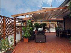 Fioriere e grigliati ad arco su terrazzo   Recinzioni - frangivista ...