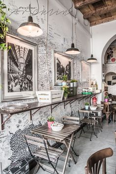 Chairs For Sale Restaurant Cafe Bar, Cafe Shop, Concept Restaurant, Restaurant Design, Coffee Shop Design, Cafe Design, Decoration Restaurant, Design Commercial, Interior And Exterior