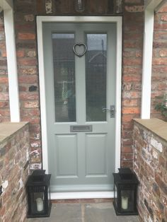 Love my freshly painted Farrow and ball pigeon door