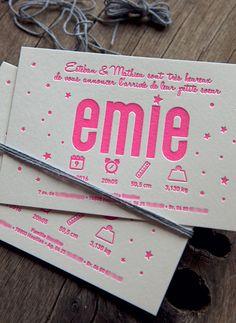 Faire-part de naissance Emie en rose fluo 806U - modèle Cocorico Letterpress personnalisable / Customizable baby girl birth announcement card in neon pink