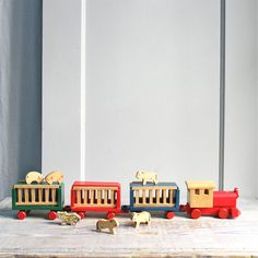 Vintage Handmade Circus Train / Wood Toy Animals by ethanollie