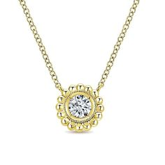 14K Yellow Gold Fashion Necklace is a real beauty and perfect weeding item. #weedingjewelry #weedingjewellery #goldnecklace #yellogoldnecjlace #diamondjewelry #dimondnecklace #luxurynecklace #engagementnecklace #weedingplan #engagementidea #jewelry