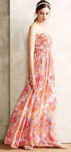 gorgeous maxi dress  http://rstyle.me/n/mx5cwpdpe