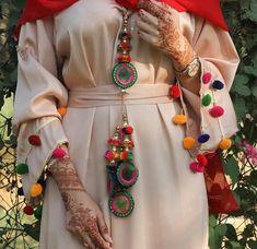 ✨Pinterest:Kubra Yousuf✨ Stylish Girl Pic New, Stylish Little Girls, Beautiful Profile Pictures, Profile Picture For Girls, Modern Hijab Fashion, Arab Fashion, Female Fashion, Beautiful Girl Photo, Beautiful Hands