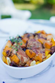 Zapiekanka makaronowa z dynią, kurczakiem i suszonymi grzybami | Kwestia Smaku