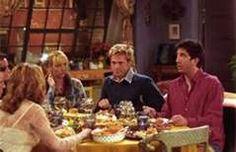 "Friends guest stars: Brad Pitt and the ""I hate Rachel Green club"" Robin Williams, Maisie Williams, Friends Thanksgiving Episodes, Friends Episodes, Friends Cast, Friends Tv Show, Friends Season, Thanksgiving 2020, Danny Devito"