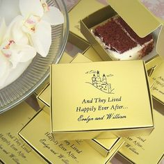 Personalized cake slice favor boxes are the perfect way to share your wedding cake and say thank you to family, friends and guests for sharing your special day.