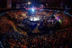 It's time: UFC anuncia calendário de 2015 - http://metropolitanafm.uol.com.br/novidades/esportes/time-ufc-anuncia-calendario-de-2015