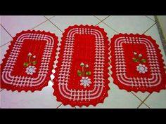 COMO FAZER O TAPETE MAIOR PELO PASSO A PASSO DO TAPETE MENOR, DUAL COLOR... Beautiful Crochet, Projects To Try, Cross Stitch, Knitting, Color, Youtube, Crochet Doily Rug, Cotton Crochet, Bath Rugs