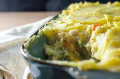 White Bean Shepherd's Pie - This vegan and gluten-free recipe is both tasty and easy to make - with a little planning you can prepare this warm, creamy, flavorful and satisfying meal in about an hour. | VeggiePrimer.com