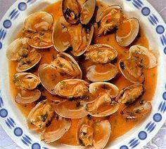 Almejas a la marinera gallegas