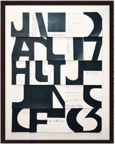 """Sisustustaulu, kollaasiteos """"Music fonts"""" mustissa vitriinikehyksissä. 62 x 83 cm. Akryylimaalaukset paperille ja vanhoille nuottisivuille. Kolmiulotteinen."""