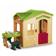 Picnic on the patio playhouse natural Little Tikes