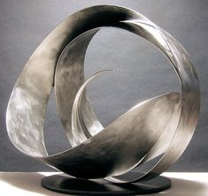 This metal sculpture is awesome. Baskets are sculpture too, kind of. I am inspired by these shapes. Metal Art Sculpture, Steel Sculpture, Contemporary Sculpture, Abstract Sculpture, Bronze Sculpture, Deco Design, Design Art, Steel Art, Metal Tree