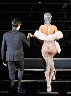 Noticias, Rihanna aparece casi desnuda en premios CFDA de NYC   AccionMusical