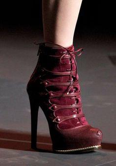 boots for winter wedding